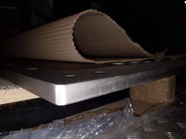 Taglio-laser-lamiera-acciaio-inox